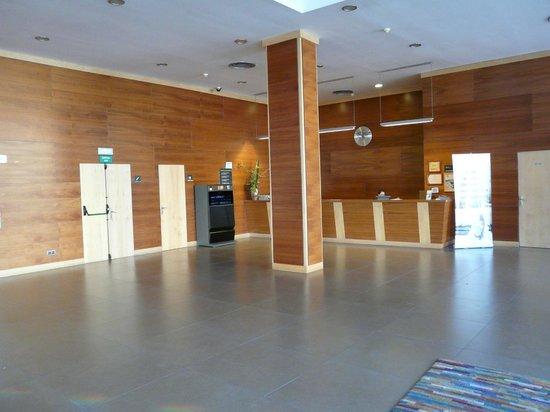 ALEGRIA Nautic Park: hall entrée