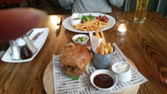 The West Gate Public House: Sharing platter