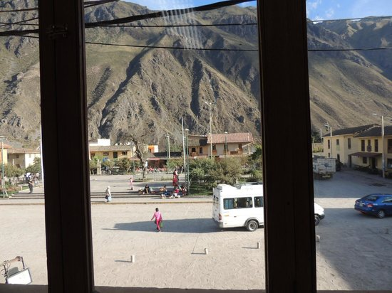 Panaka Grill : View of Plaza and Mountains from the 2nd floor