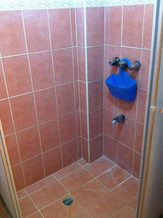 Nosara Playa Garza Hotel : The shower
