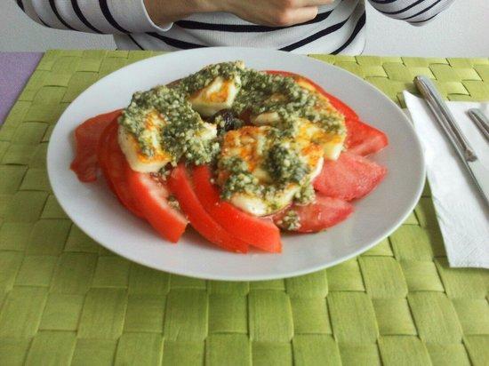 Elia: antipasti - pomodori alla menta