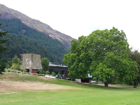 Queenstown Park Boutique Hotel: View of the hotel from rugby field