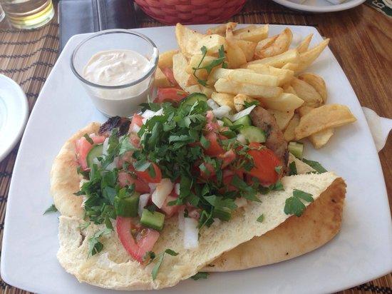 Mer Bleue Beach Restaurant : Shaftalia
