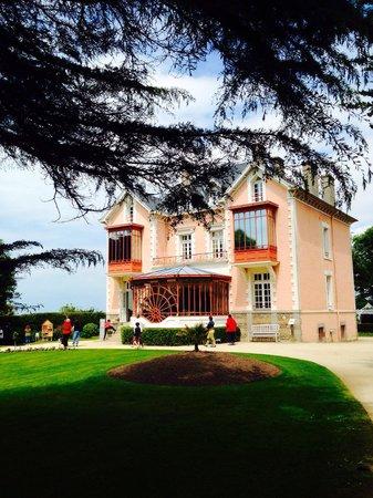 Musee Christian Dior: Villa