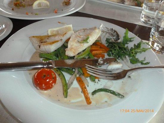 Le Dhow : poisson legumes