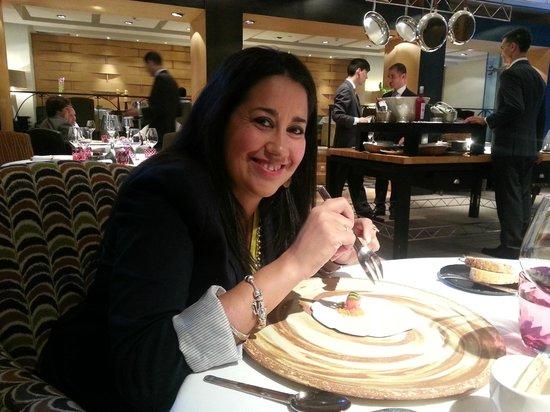 Santceloni : Disfrutando de la comida