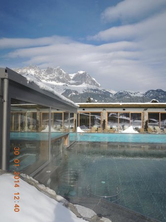 Biohotel Stanglwirt: pool next to the first wellness area - just breathtaking with a sole pool adjacent
