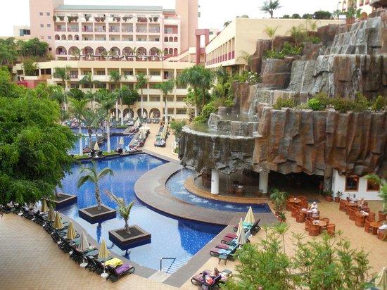 Camera vista piscina picture of hotel best jacaranda costa adeje tripadvisor - Hotel piscina in camera ...