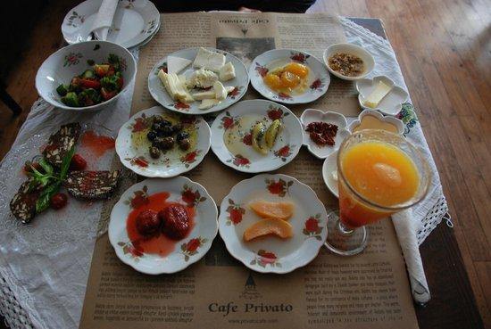 Privato Cafe : Stupenda colazione
