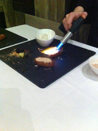 Piña asada caramelizada