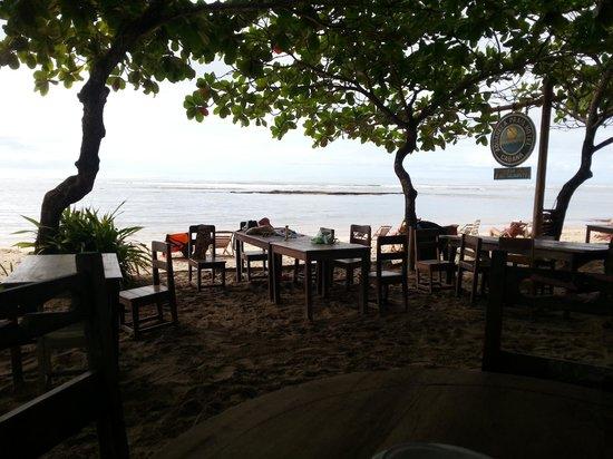 Aquarela Praia: Área do café