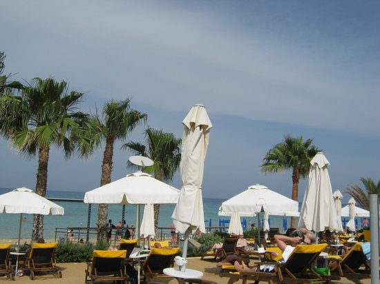 Sunrise Pearl Hotel & Spa: View from our sun bed
