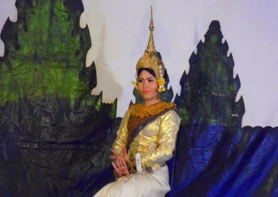 Victoria Angkor Resort & Spa: Folklore en el hotel