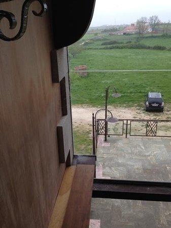 Hotel Rural Las Arribes: telarañas en el ventanal
