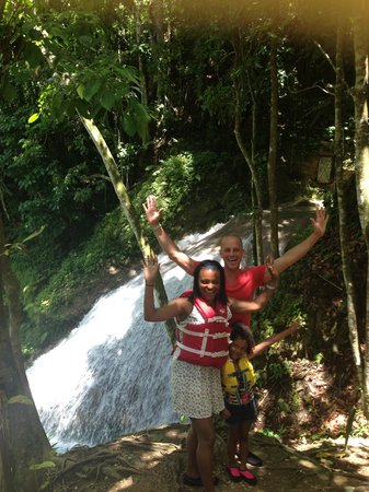 One Love Jamaica Tours: Blue Hole