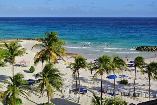 Hilton Barbados Resort: View from 2nd Story Balcony