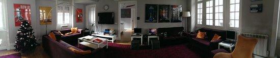 Rivoli Cinema Hostel : the lovely common room