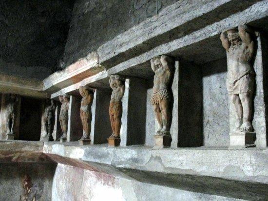 The Forum Baths: Muito bem conservado