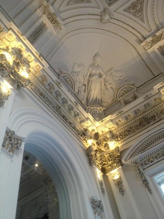 The stunning interior of the corinthian picture of the for Interior design agency glasgow