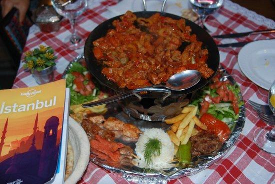 Keyf-i Mekan Cafe And Restaurant: Anatolian Mix