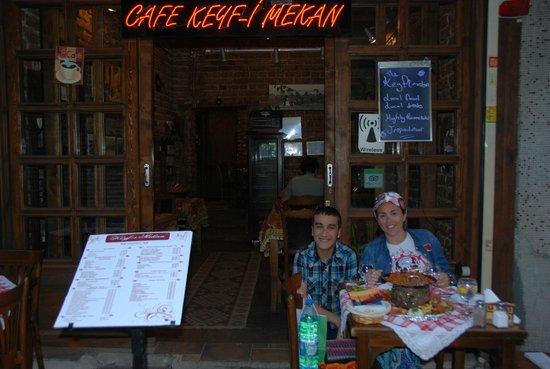 Keyf-i Mekan Cafe And Restaurant: Grande staff