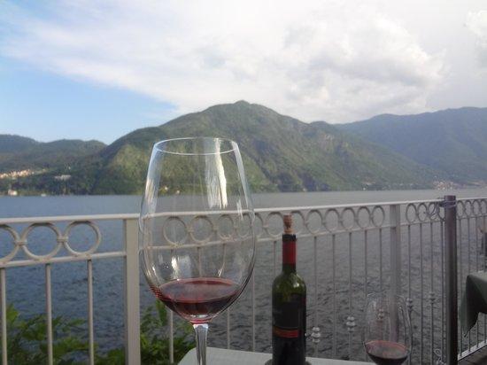 Hotel La Darsena: cheers