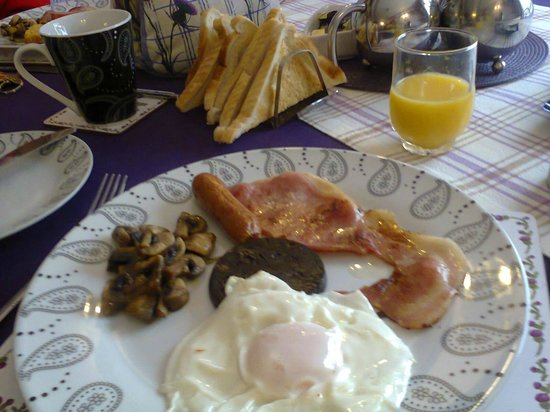 Springburn Bed & Breakfast: Cooked Breakfast Example