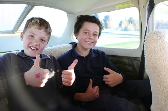 U-Fly Wanaka: Do you trust your mate to fly a plane? YES!