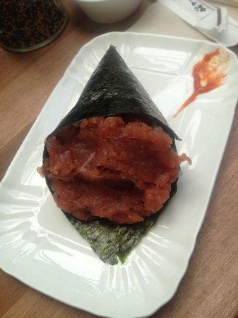 Temakinho Monti: Spicy tuna