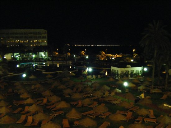 Evenia Zoraida Park: Nightlife