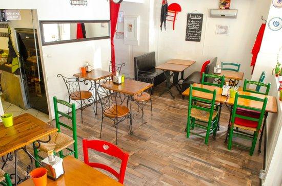 Le Cafe des Arcades By La Taberna