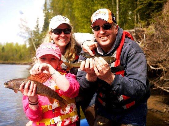 Alaska fishing and raft adventures day tours fairbanks for Fishing in fairbanks alaska