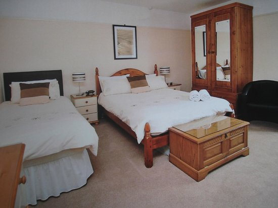 Meadow View Guest House: Family en-suite room