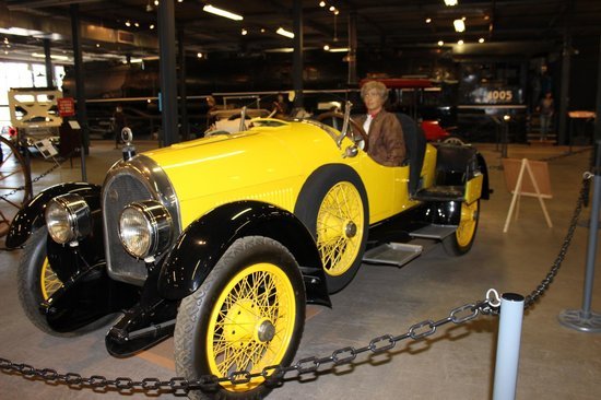 Forney Museum of Transportation : My wife's favorite vehicle .,. Amelia Earhart's 1923 Kissel