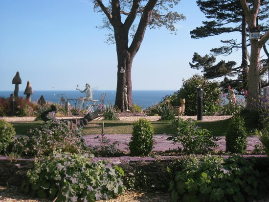 Talland Bay Hotel: the garden