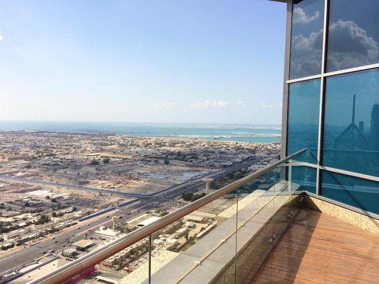 Shangri-La Hotel, Dubai : Dakterras