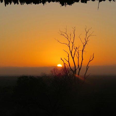 Beho Beho: Sunrise from the banda