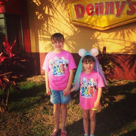 Denny Restaurant Haines City Fl