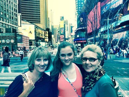 Show Me Tours: Times Square