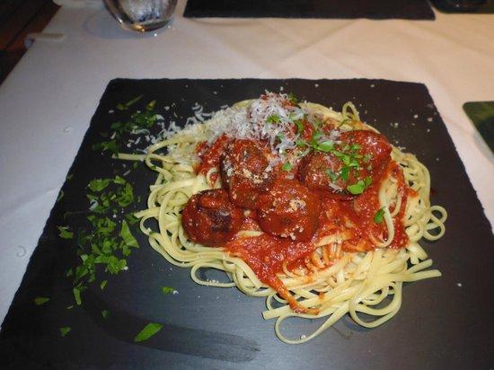 Agrilia Hotel : Meatballs!