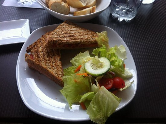 Oblico Cafe : Tramezzino con pane integrale