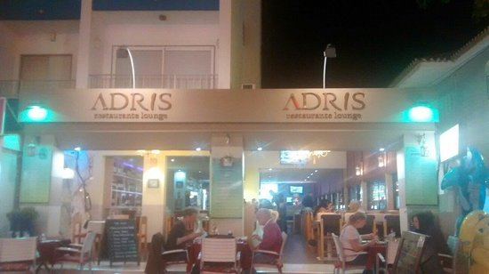 ‪Adris Restaurante Lounge‬