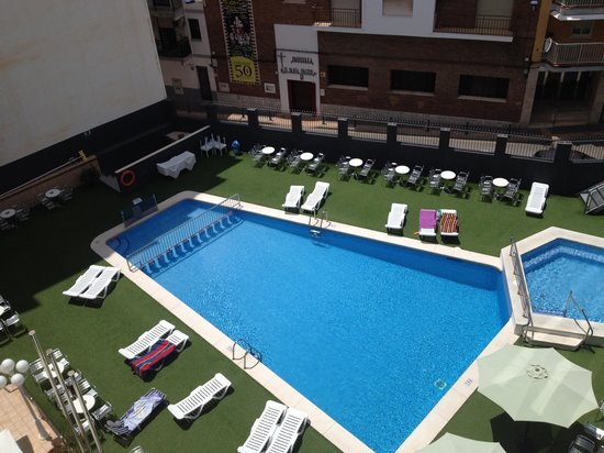 Hotel Melina: The Pool