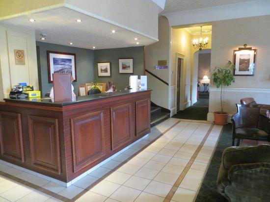 Alexandra Hotel : Reception area
