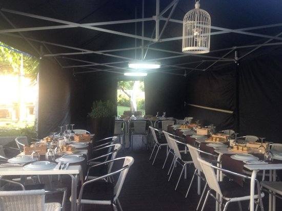 Taberna Da Villa: Tenda no Jardim