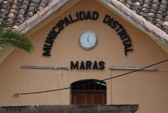 Salinas de Maras: Maras: Main Plaza Government Building
