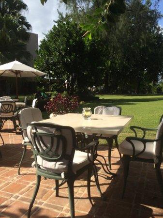 El Embajador, a Royal Hideaway Hotel: area verdes
