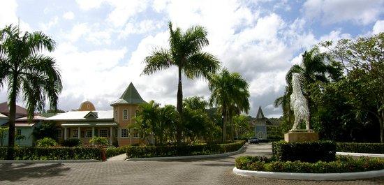 Grand Bahia Principe El Portillo : hotel