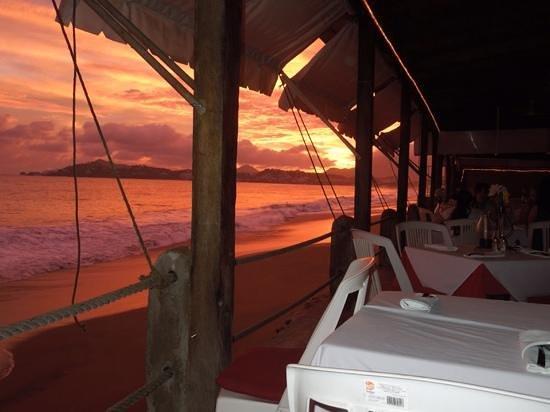 Toscana : Spectacular sunset over Las Hadas on Santiago Peninsula and Manzanillo Bay