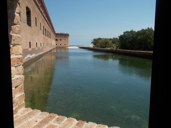 Dry Tortugas National Park: The Moat on the east side